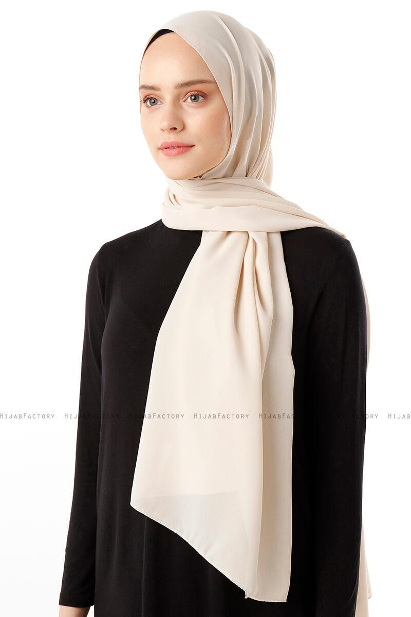 Hadise - Nude Chiffon Hijab - Hijabfactory.de